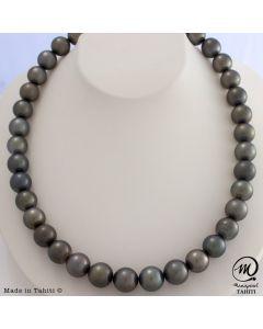 Beautiful Tahitian Pearl Necklace
