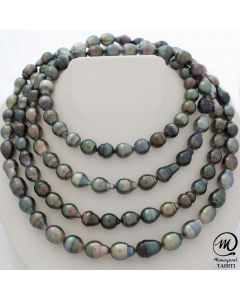 Very long Tahitian Pearl Necklace