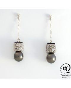 Silver Tahitian Pearl Earring, 9 mm